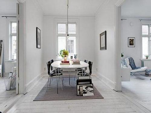 白色木地板搭配家具的技巧