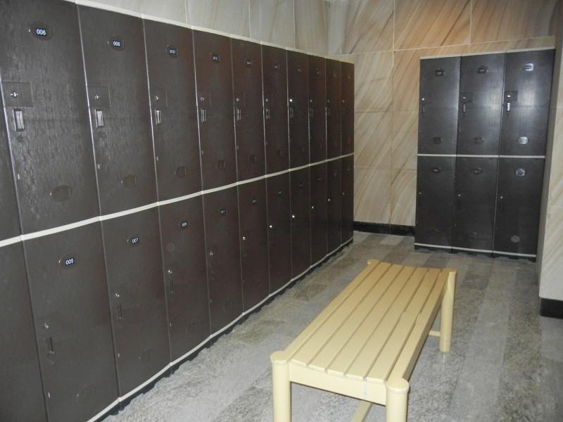 木质更衣柜安装图片
