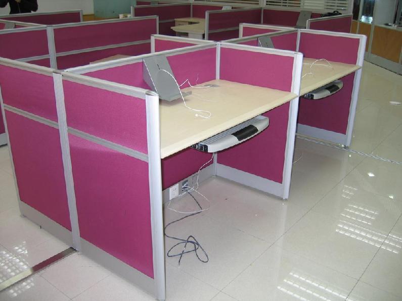 办公桌带线槽安装步骤图解