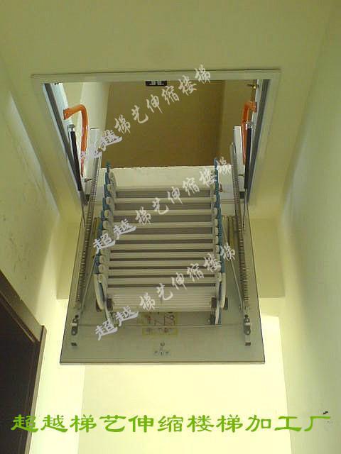 伸缩楼梯 家用阁楼楼梯设计 阁楼楼梯图片 平顶阁楼装修效果图 尖顶