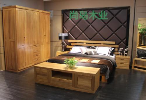 双色欧式卧室柜