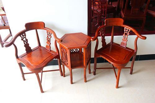 现代单人木雕沙发椅