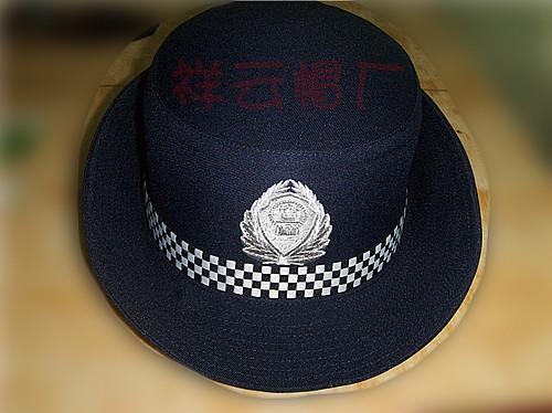 女警察简笔画 颜色