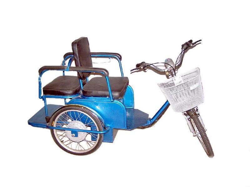 电动休闲三轮车