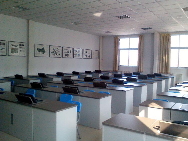 计算机考�y�^�_机考电脑桌,提高机房利用率