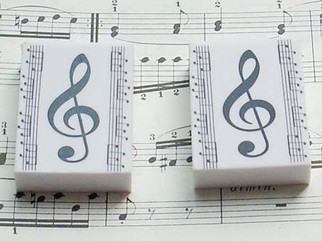 高音谱号五线谱图案橡皮擦