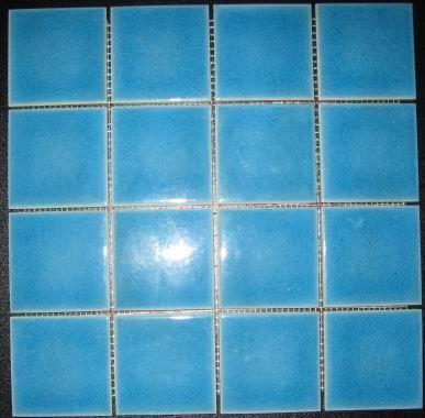 浴室蓝色仿古砖装修效果图
