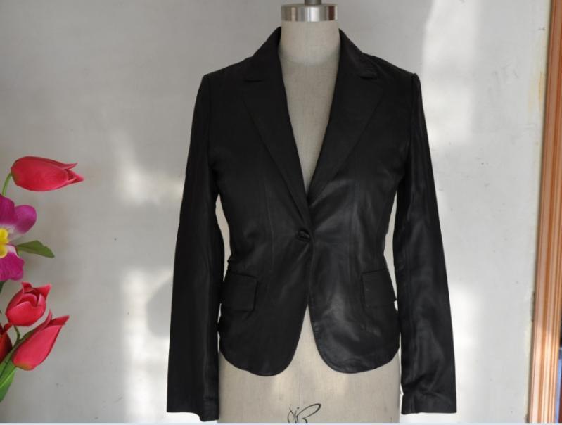 女士西装皮衣批发 - 中国制造网皮革和毛皮服装