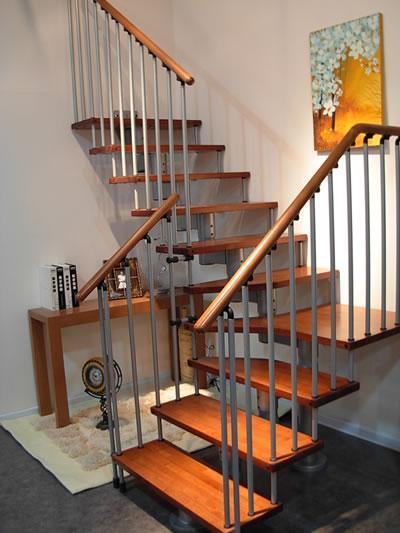 手绘楼梯目录设计