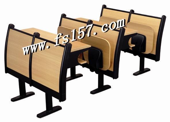 纸箱 产量: 50000 产品详情        本司专业生产供应多煤体课桌椅