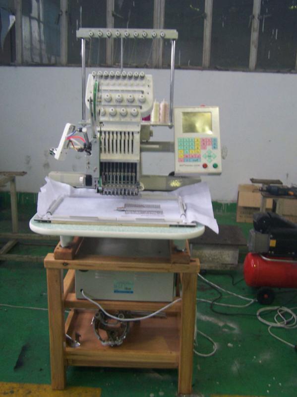 小型电脑刺绣机价格