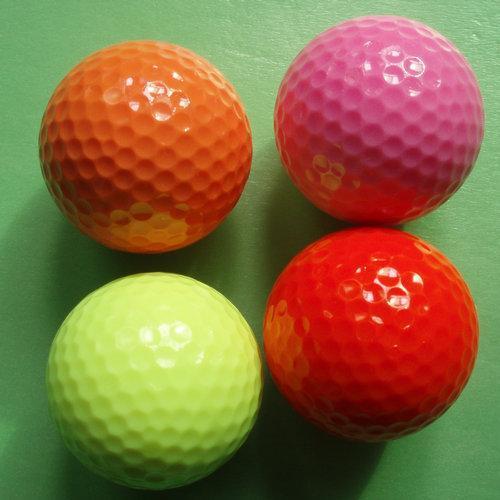 色色�9��_高尔夫球(彩色浮水球)