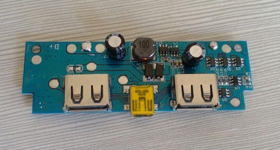 移動電源,移動電源方案,移動電源板子,移動電源方案開發   1.支持10000mAh以上的電芯   2.PCBA材質:FR-4雙面   3.輸入:5V/1000mA,或可以訂製其他規格   4.輸出:5V/1A+2.1A雙USB輸出,或可以訂製其他規格   5.充電效率:>92%,可訂製其他規格   6.放電效率:>85%,可訂製其他規格   7.