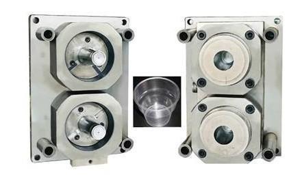 模具采用回圈水的方式在模具内部每一个部位流动