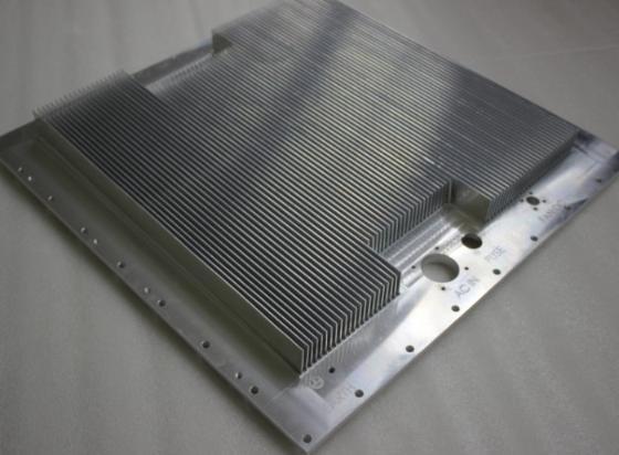 哪种散热器好_地板采暖PK散热器哪种家庭采暖方式更实惠_