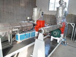 供應優質→PERT地暖管生產線→PERT地暖管設備