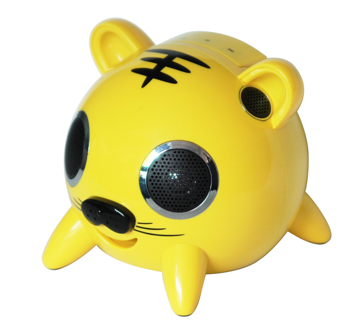 大猪头是音箱主体,四个猪蹄儿是支架