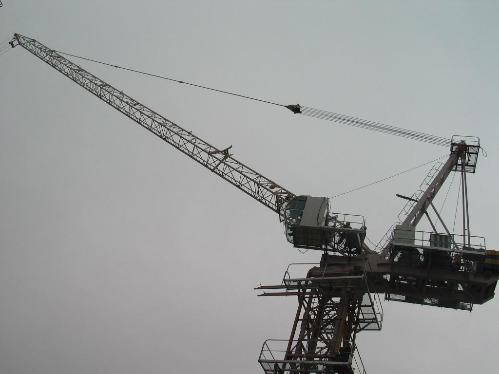 东南亚越南菲律宾泰国塔吊8吨60米高度5米截面标准节