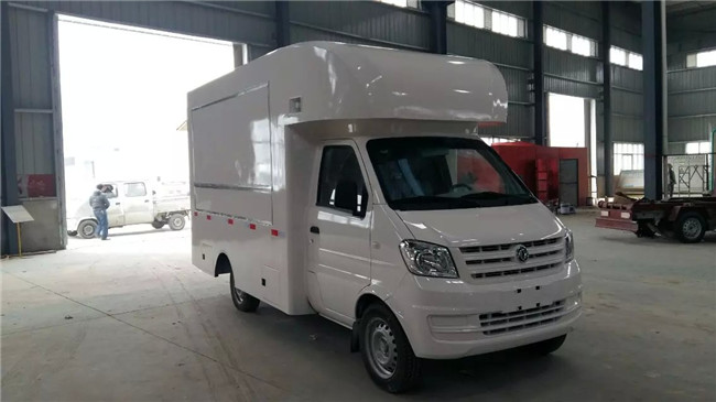 【主要技术参数】 产品商标 福田牌 公告批次 288 产品名称 售货车