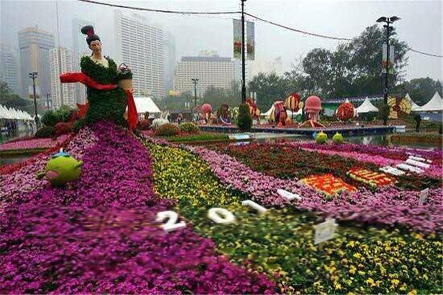 香港花卉展 玻璃钢卡通人物摆设