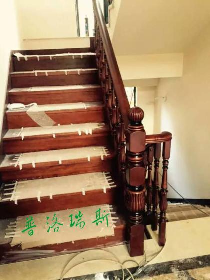 惠州室内楼梯安装过程|现场为您解答家庭实木楼梯的