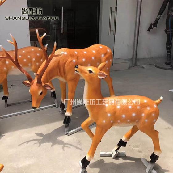景观户外玻璃钢雕塑园林装饰品摆件模拟动物小鹿造型厂家定制直销