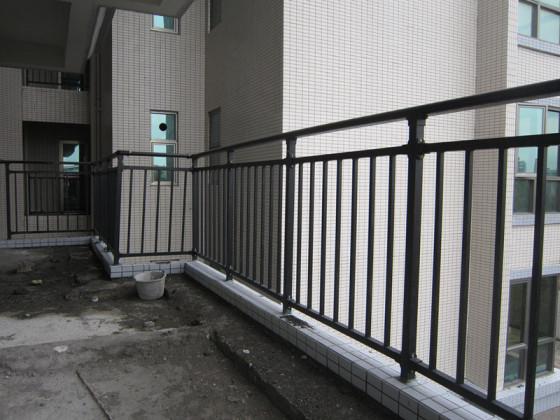 护窗栏杆,空调栏杆,工厂围栏图片