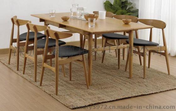 长方形实木做旧餐桌