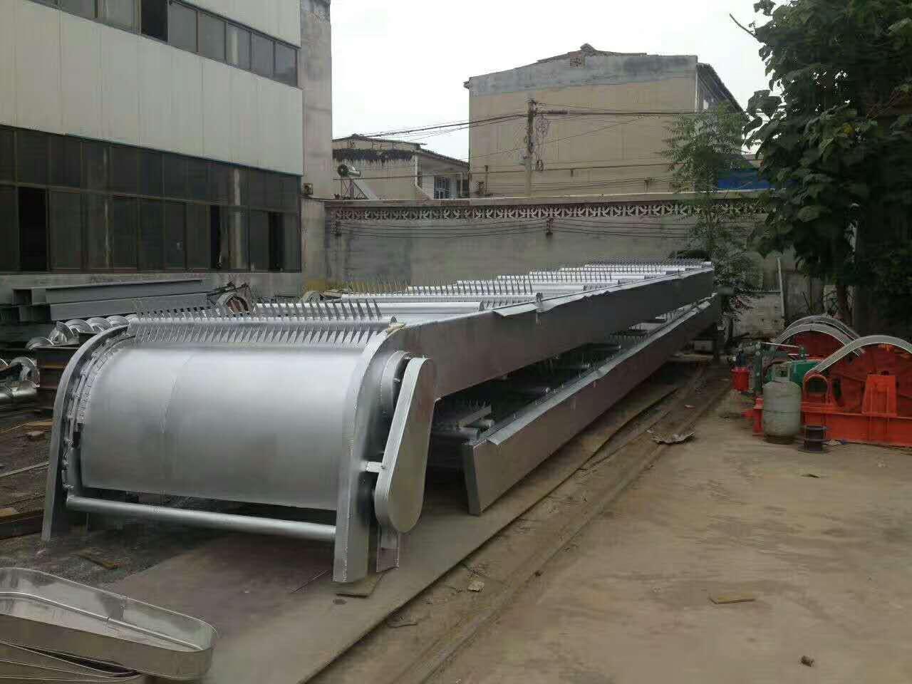 崇鵬水工機械廠專業生產啓閉機閘門清污機